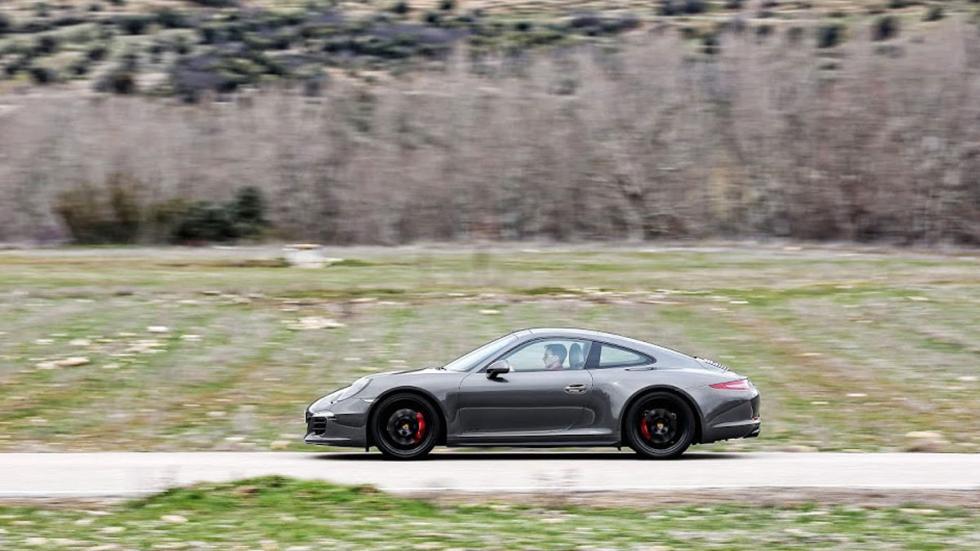Porsche 911 4GTS lateral