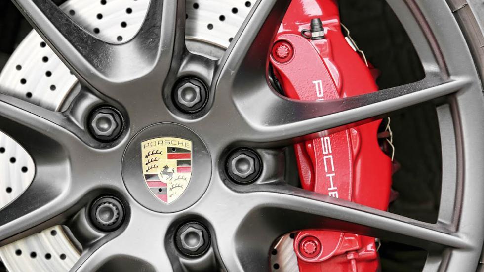 Porsche 911 4GTS frenos