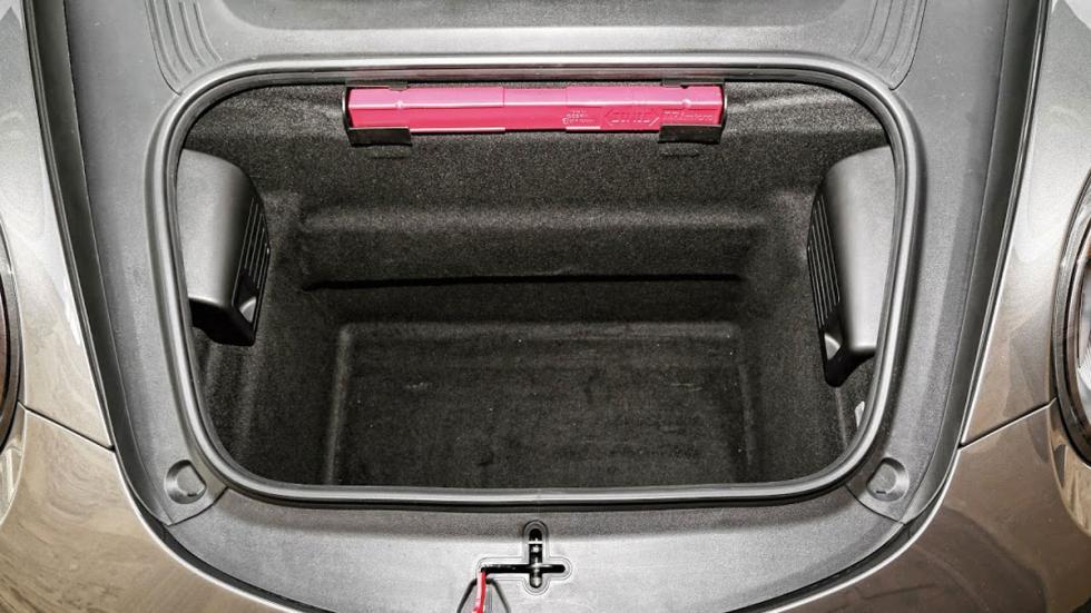 Porsche 911 4GTS maletero