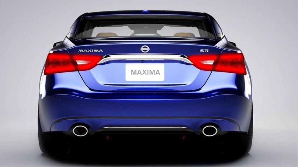 Nissan Maxima 2016 trasera