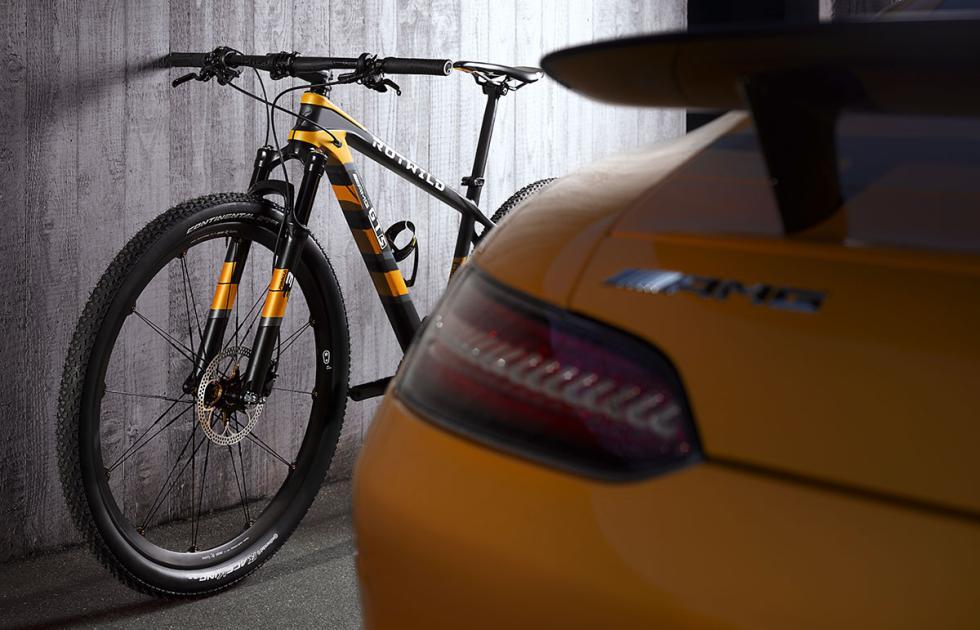 Bicicleta Mercedes-AMG Rotwild GT S