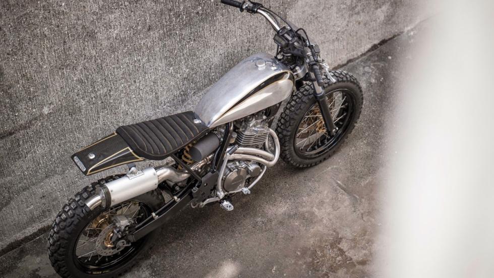 Honda XR400R by BCR Project Bikes, una transformación que salta a la vista
