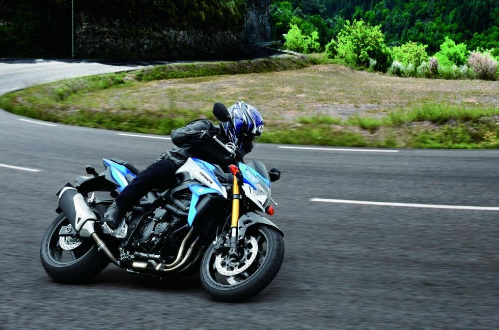 suzuki-gsx-s750z-motor