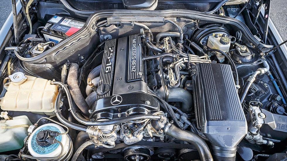 Mercedes 190 E 2.5-16 Evolution II motor