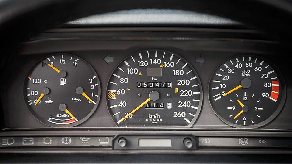 Mercedes 190 E 2.5-16 Evolution II  relojes