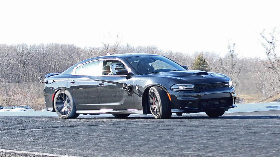 Dodge Charger SRT Hellcat lateral