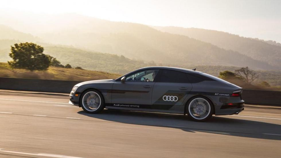 Audi A7 Piloted Driving Concept lateral