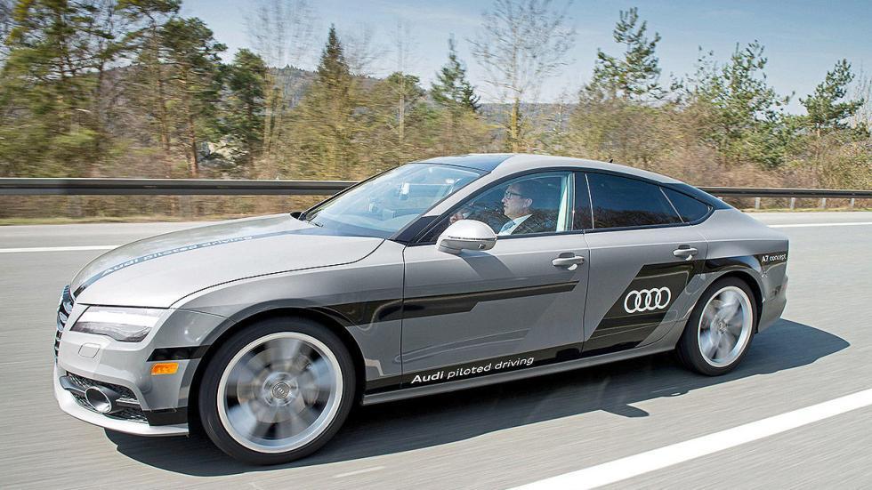 Audi A7 Piloted Driving Concept tres cuartos
