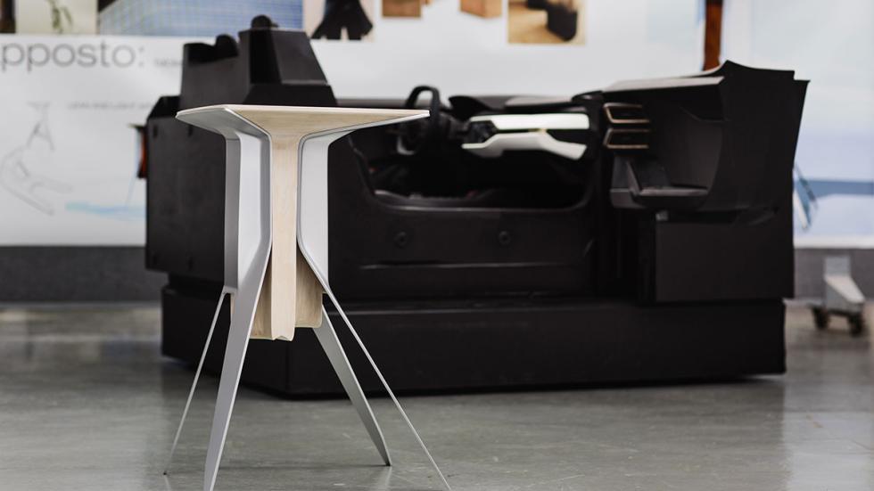 Mesa diseñada por Ford