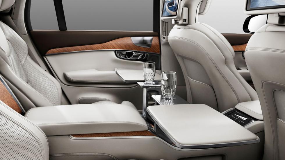 Volvo XC90 Excellence interior 3