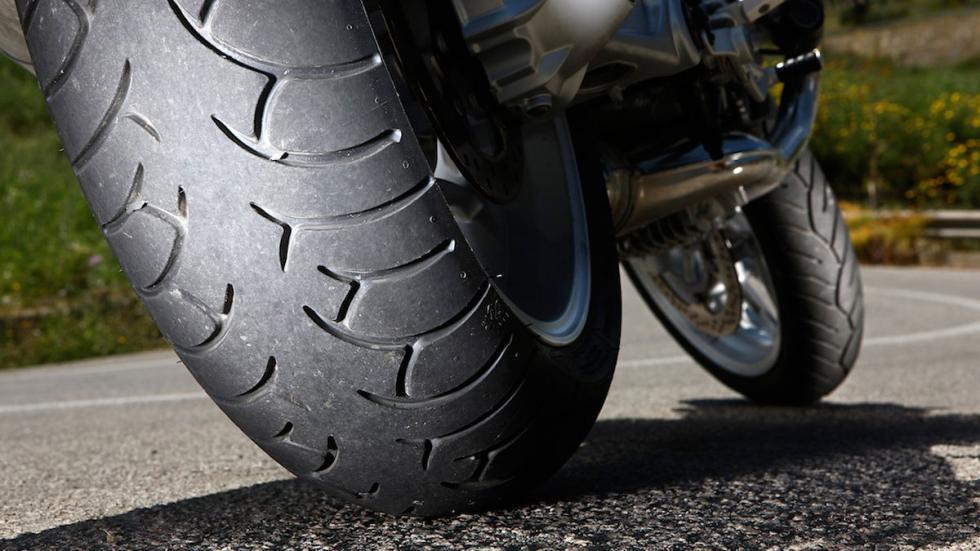 Con menos de 1,6 mm en el dibujo de las ruedas la moto no pasa la ITV