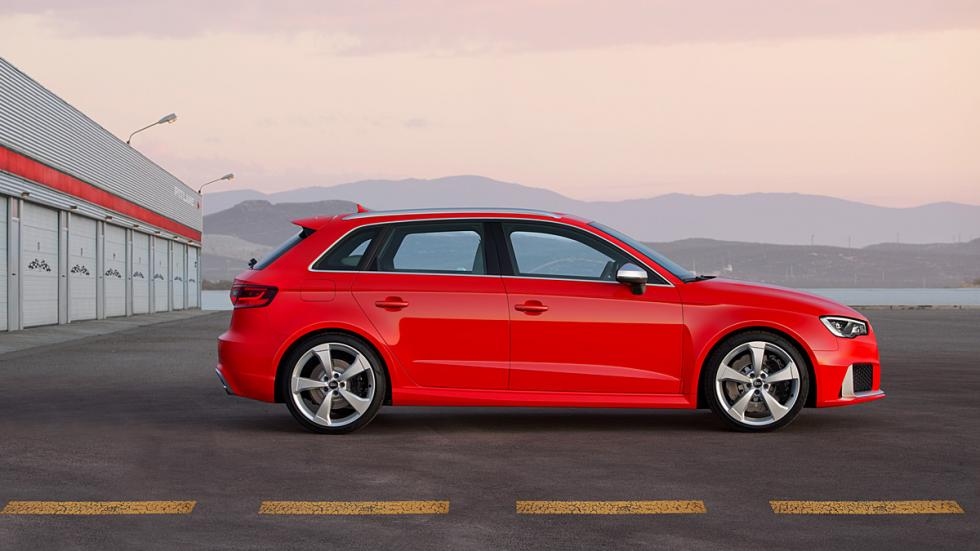 Audi RS 3 Sportback lateral