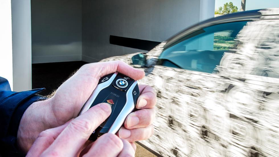 aparcamiento remoto bmw serie 7 2015