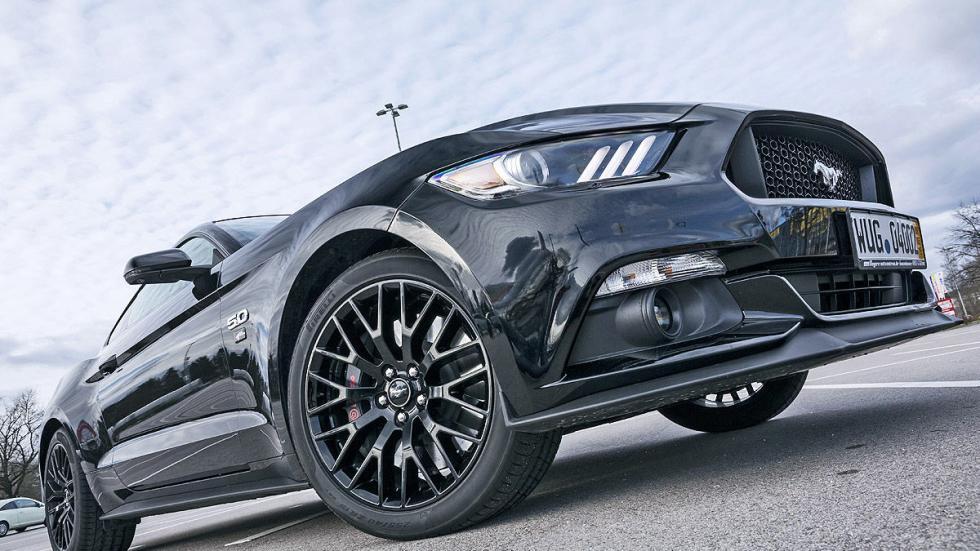 Ford Mustang GT llanta