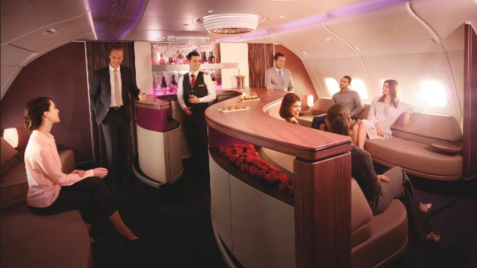 Qatar Airways - bar