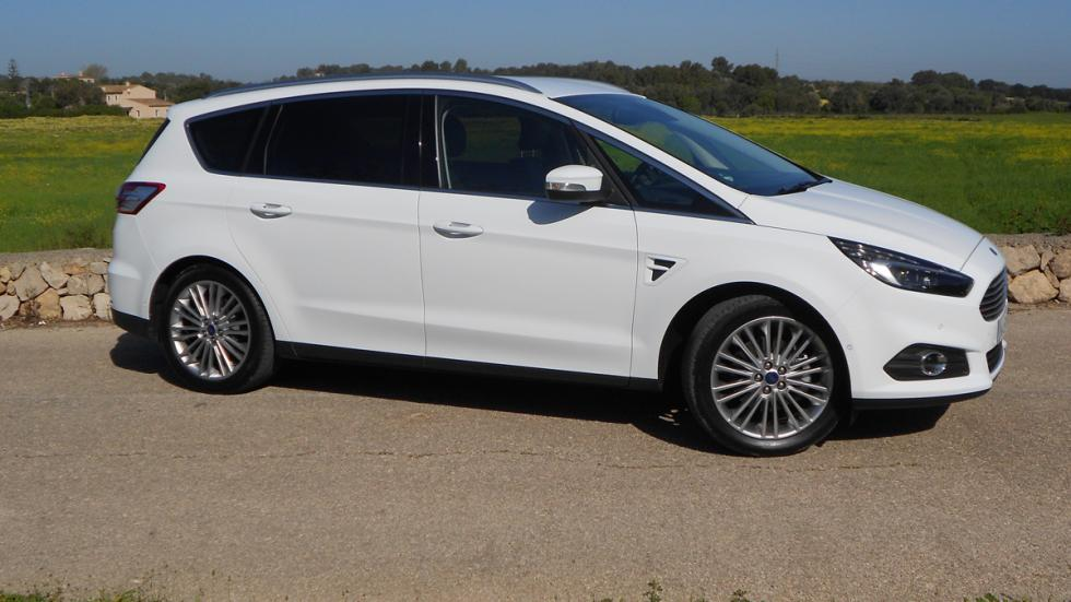 Ford S-Max lateral