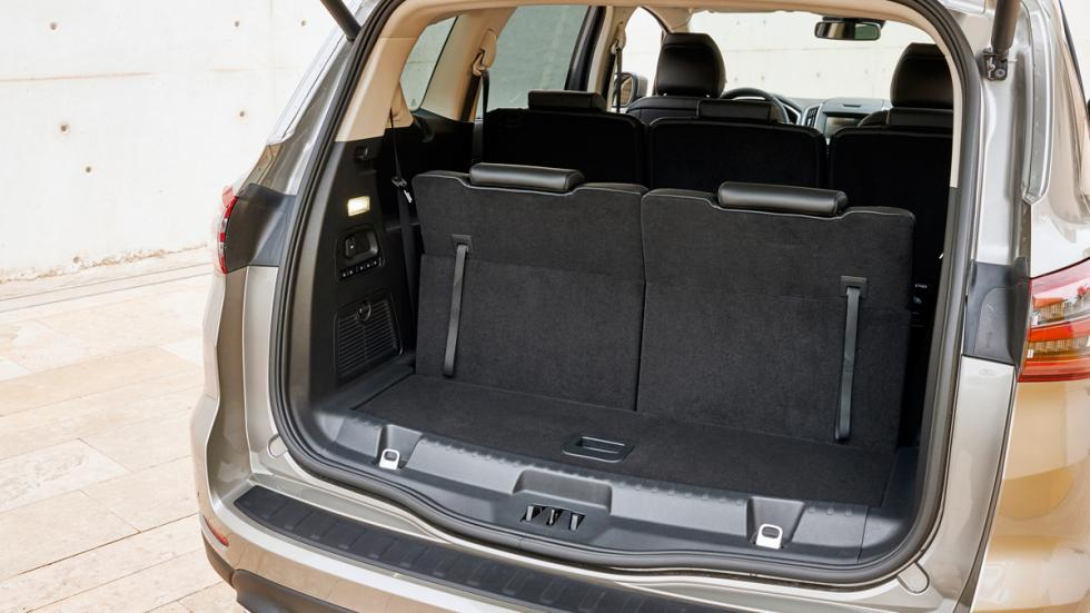 El Ford S-Max, con la segunda fila de asientos