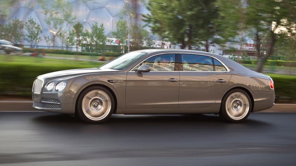 coches-curiosos-shanghai-2015-Bentley