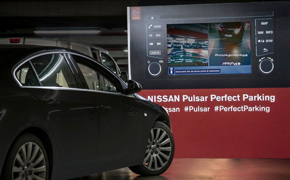 Cómo aparcar con la cámara de visión 360º de Nissan