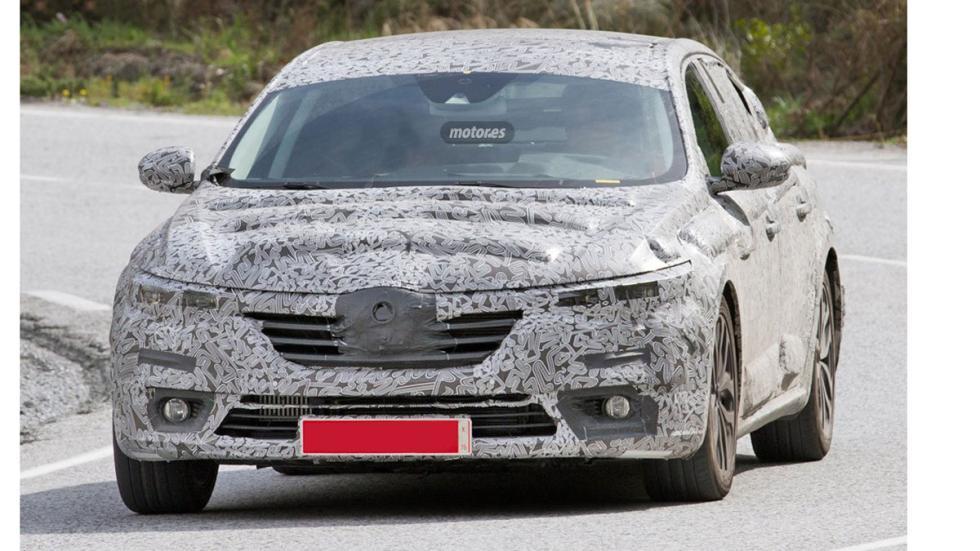 Renault Laguna híbrido 2016 frontal 2