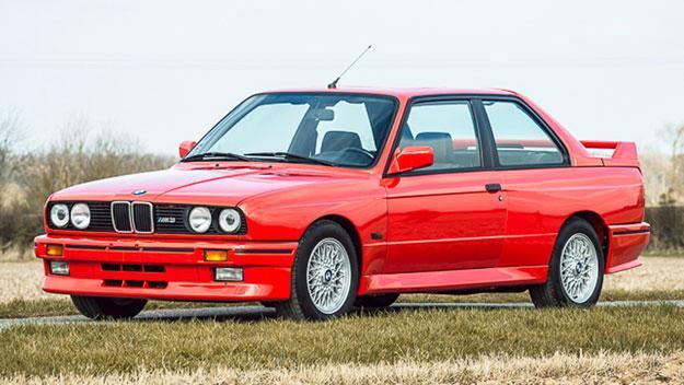 BMW M3 E30 tres cuartos delantero