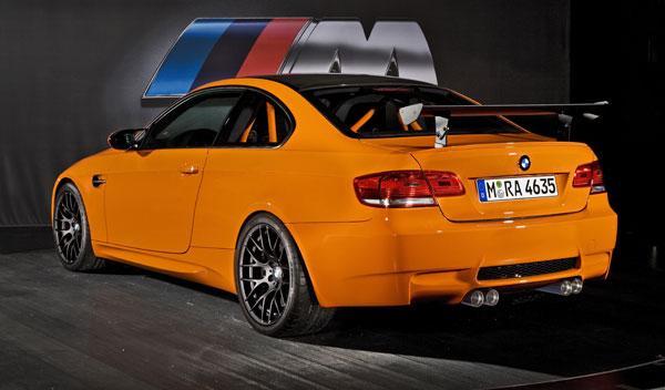 BMW M3 GTS tres cuartos trasero