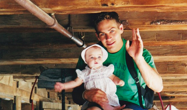 Paul-Walker-con-hija