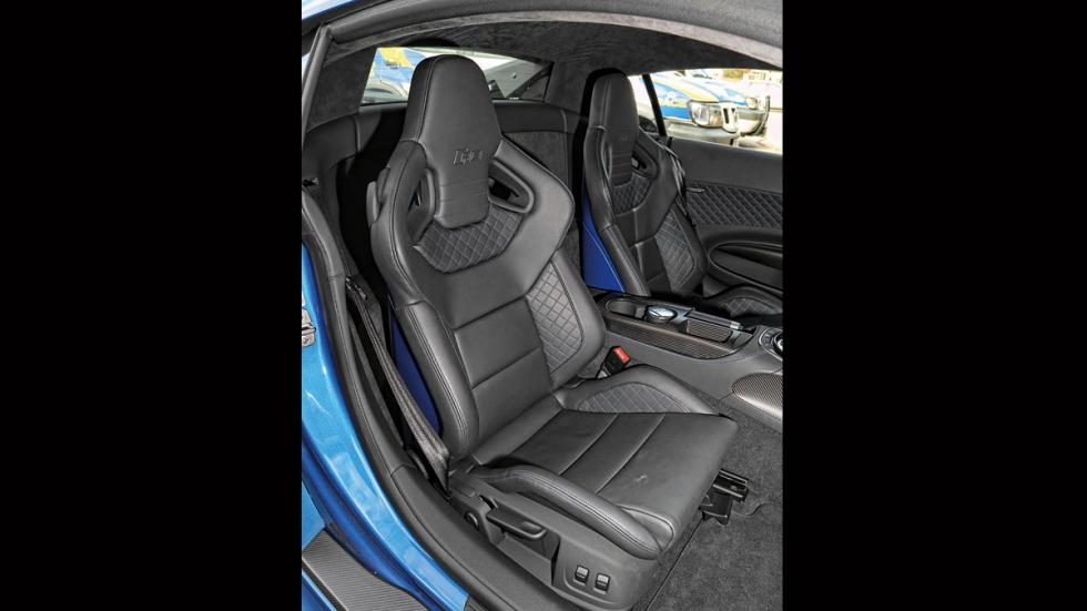 Audi R8 LMX asientos