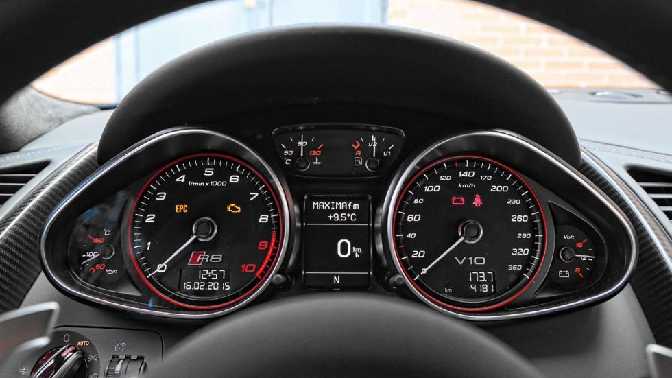 Audi R8 LMX instrumentacion