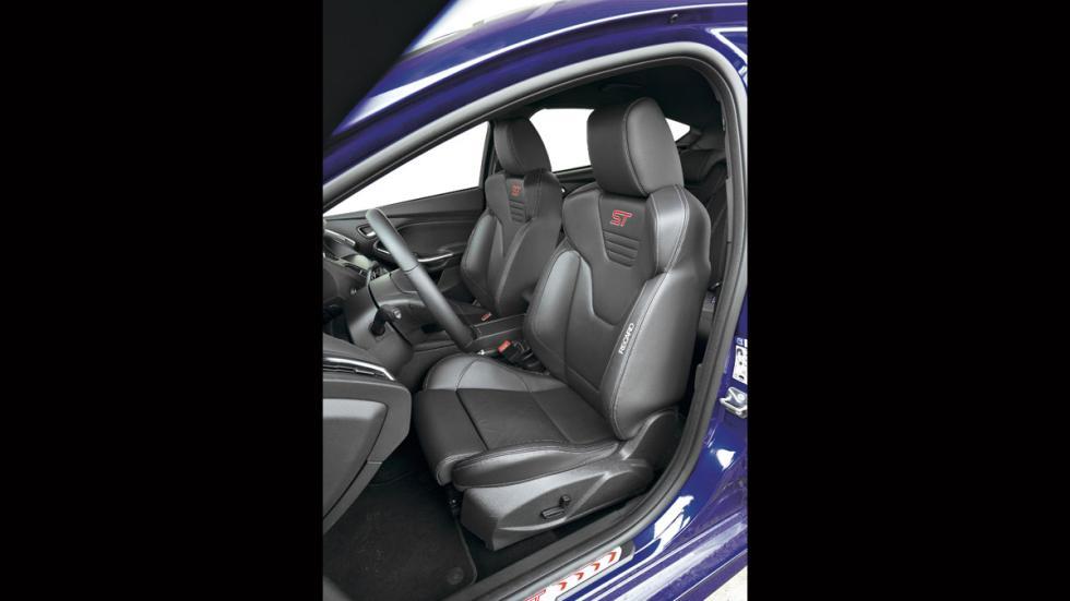 Ford Focus ST asientos