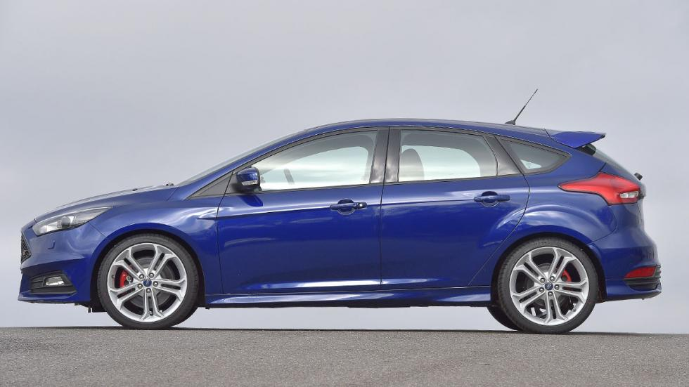 Ford Focus ST lateral
