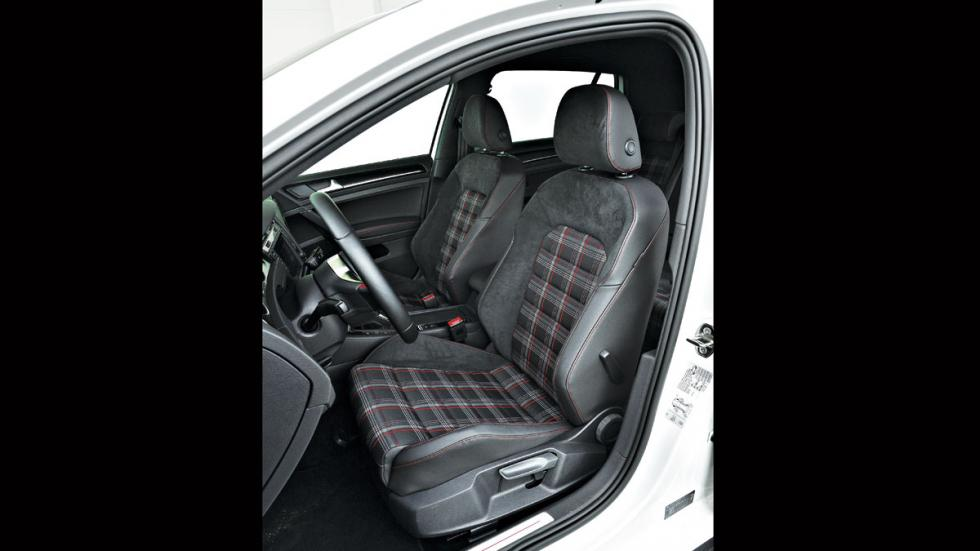VW Golf GTI asientos