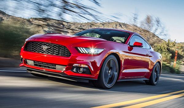 Ford Mustang 2015 tres cuartos delantero