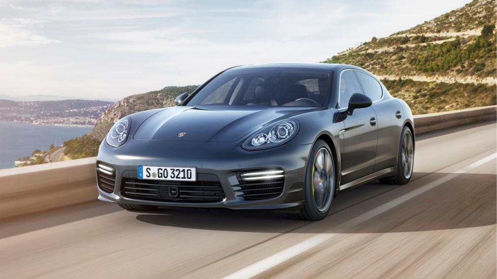 berlinas-mas-rapido-aceleran-Porsche-Panamera-Turbo-S