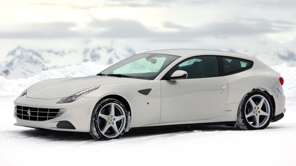 coches-gastan-mas-15-litros-Ferrari-FF