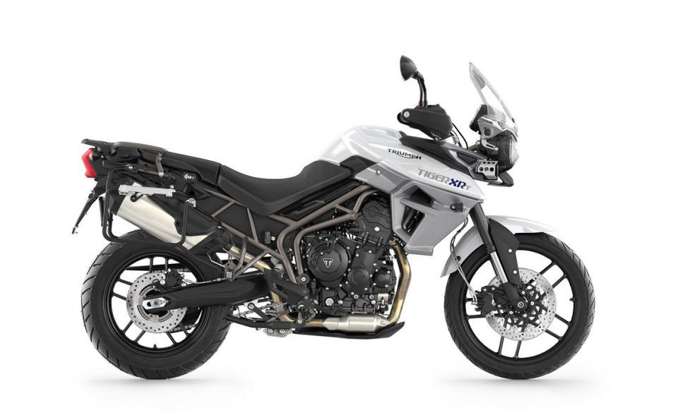 triumph-tiger-800-xrt-blanco