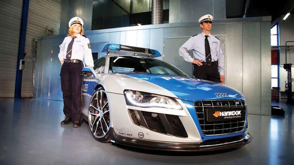 coches policia más rapidos r8