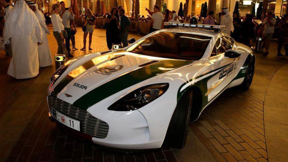 coches policia más rapidos one77