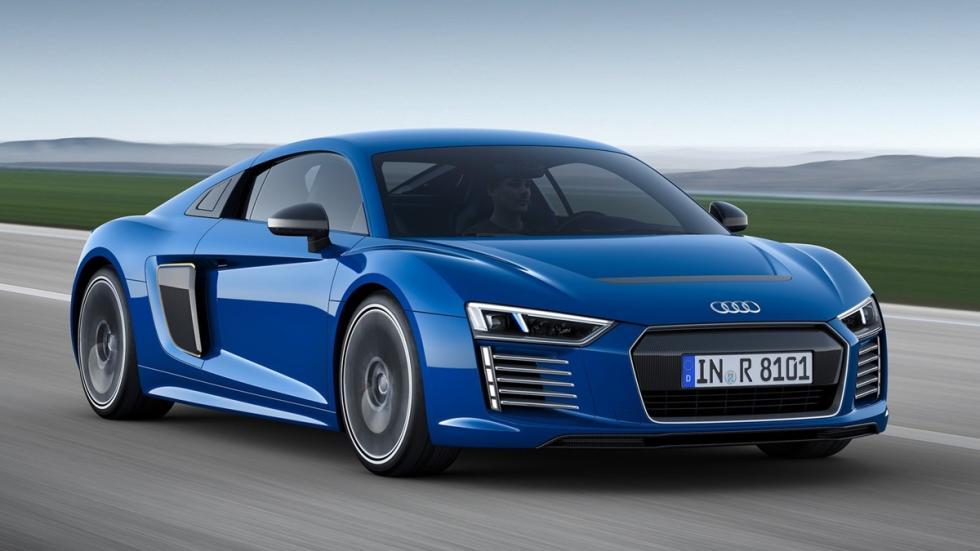 Audi_R8_e-tron_2015_delantera