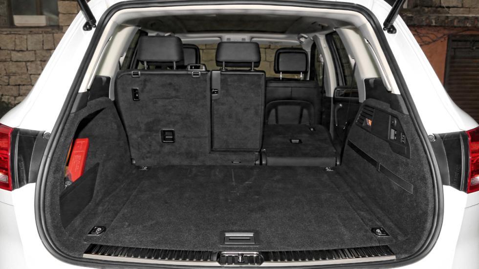 Volkswagen Touareg Hybrid maletero