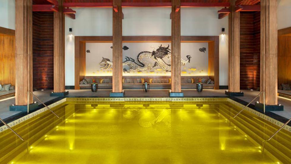 piscina Hotel St. Regis Lhasa
