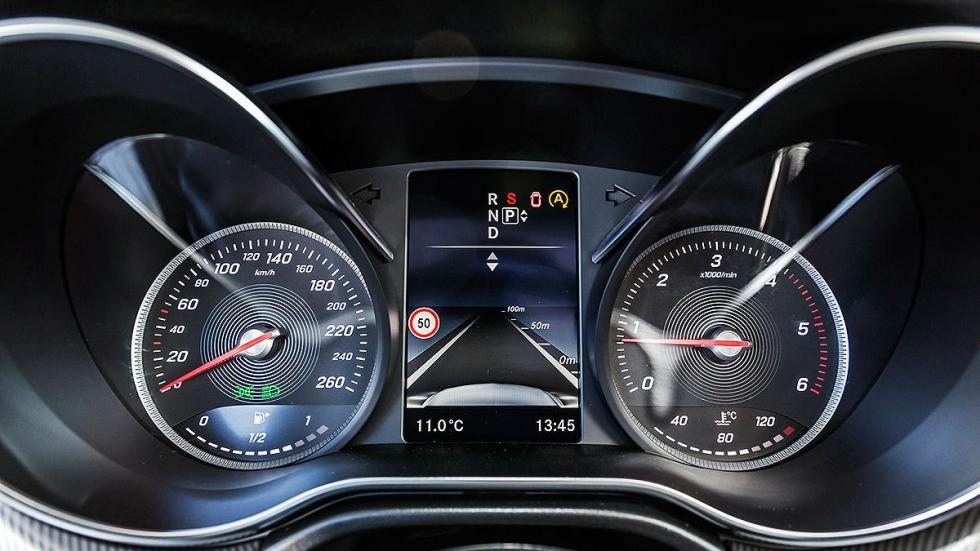 Mercedes Clase V relojes