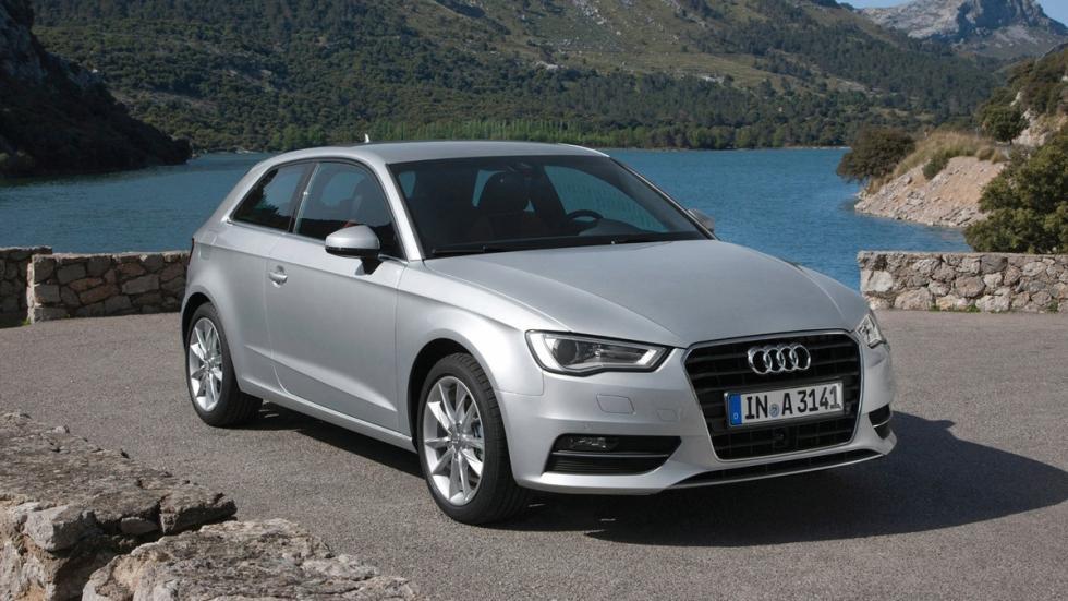 Audi A3 tres cuartos delantero