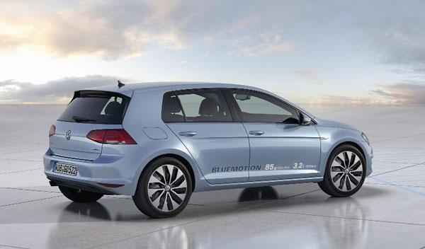 Volkswagen Golf 1.6 TDI  BlueMotion tres cuartos trasero