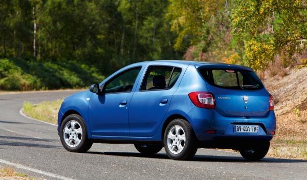 Dacia Sandero tres cuartos traseros