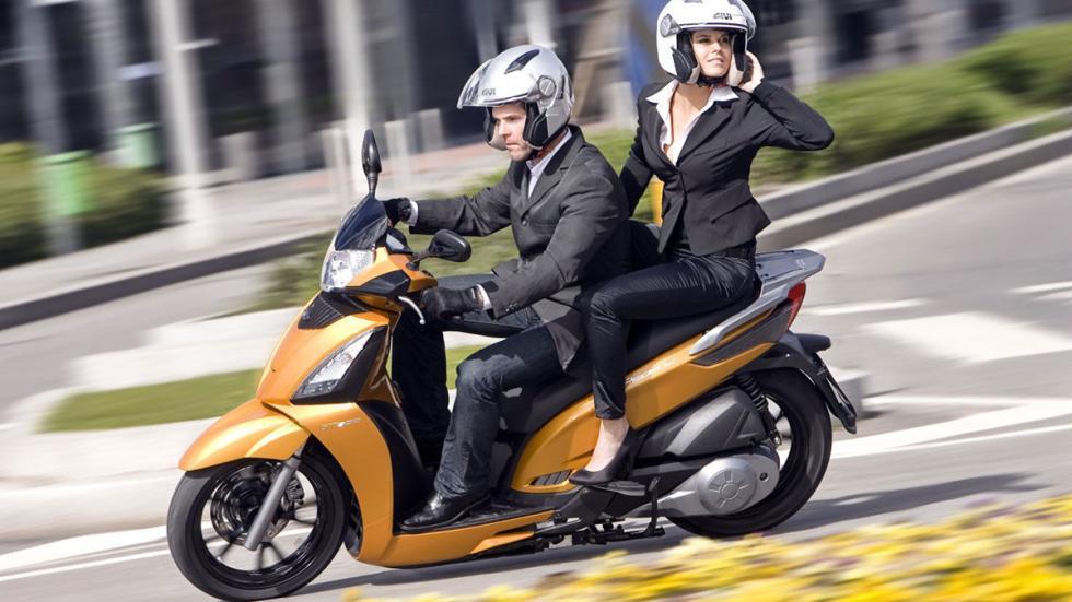 Kymco cede el Pople 125 para acciones de seguridad vial en el Salón de Barcelona