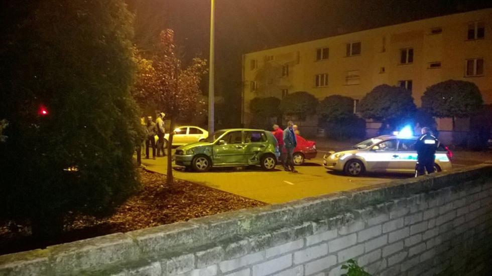 derrapa-maserati-gran-turismo-estrellandose-policia