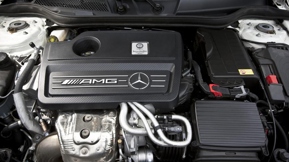 coches-mas-potencia-por-litro-mercedes-a45-amg-motor