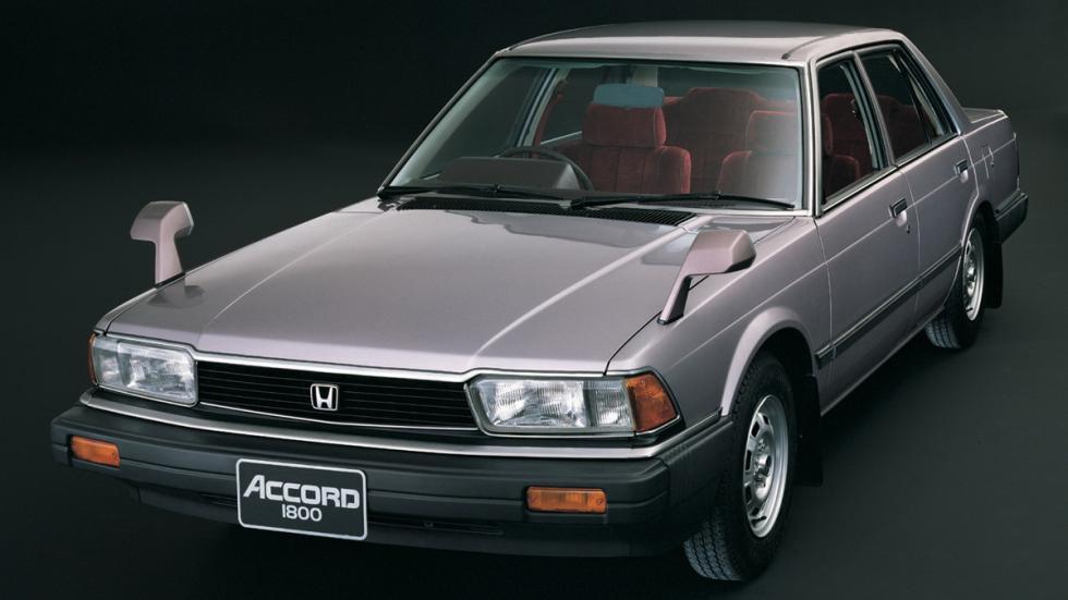 coches-adelantados-epoca-Honda-Accord
