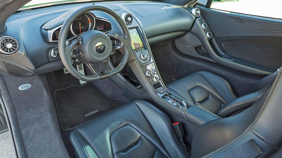 McLaren 650S Spider detalle interior